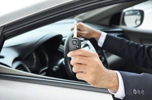در زمان اجاره خودرو باید به چه نکاتی توجه کنیم؟