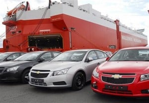 پای گمرک و سازمان توسعه تجارت در تخلف واردات خودرو وسط است