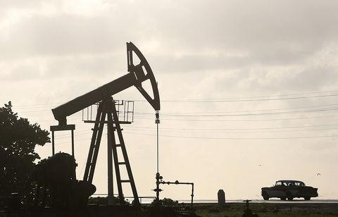 55596 - تحریم نفت ایران و خطر افزایش بهای جهانی