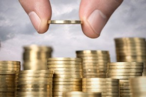 واکنش معکوس بازار سکه ایران به افت جهانی طلا