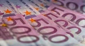 یورو به ۹۵۰۰ تومان رسید