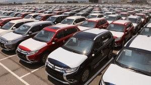 ترخیص ۱۳ هزار خودرو دپو شده در گمرک